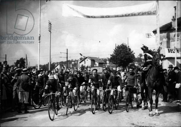 """Jun 28, 1953 - It happened fifty years ago: The start of the first tour De France in June 1903 was enacted at Montgeron yesterday on the spot where the first"""" Road Giants"""" started on their round through France."""