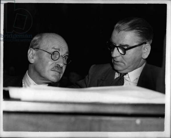 Sep. 09, 1953 - Opening of the Labor Party Conference at Margaret, Mr. Attlee chats to Morgan Phillips; Photo Shows Mr. Clement Attlee leans over to talk to Mr. Morgan Phillips during the first session of the Labor Party Conference which opened at Margaret today.
