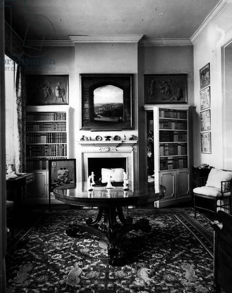 """Jan. 01, 1955 -"""" Little Chequers"""" used by the Foreign Secretary Dorneywood near Burnham Beeches: The first official occupants of Little Chequers the name given to Dorney wood, the 45 room Queen Anne Mansion left by the Late Lord Courtauld Thomson to the nation is Sir Anthony Eden to Foreign Secretary and Lady Eden. Dorneywood is a country house standing in 200 acres of land rear Burnham beeches, Ducks, and was left to the nation as a Lesser Chequers for the Prime Minister of a Minister of the Crown. The house is just a Lord Courtauld Thomson left it furnished mainly by 18th century pieces and containing many collectors pieced of Chippendale"""