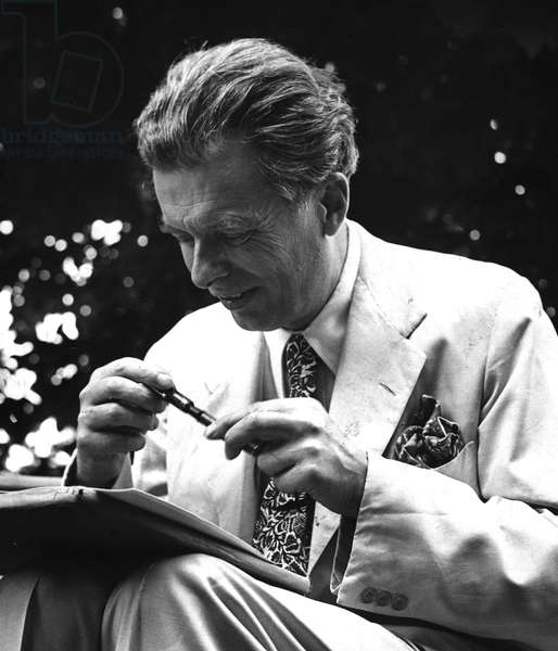 1958 approximately portrait of the writer Aldous Huxley (1894-1963) in Siena, Italy