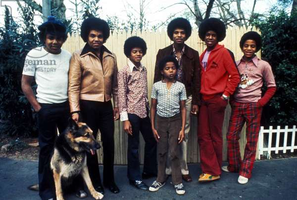 Portrait of the Jackson Five (J5 or Jackson 5th) (Jackie, Toriano dit Tito, Jermaine, Marlon, and Michael) 1973