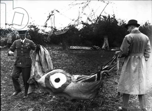 Oct. 05, 1930 disaster of the British airship R101 crashed near Beauvais